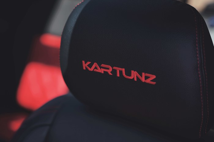 CONTACT KARTUNZ